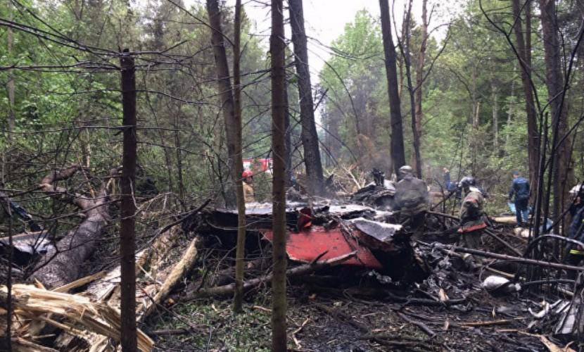 Пилот летевшего без боекомплекта и упавшего в Подмосковье истребителя Су-27 погиб