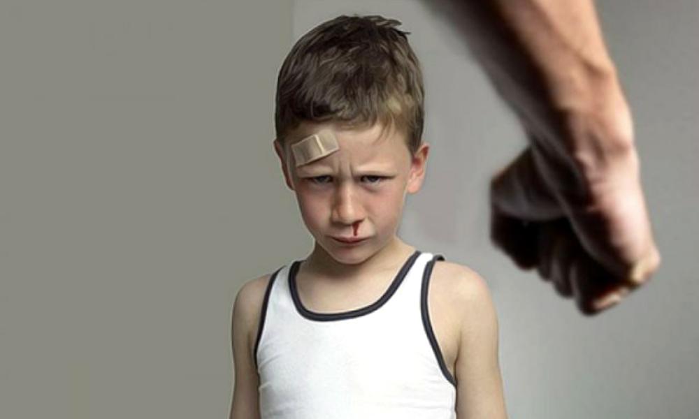 Крики и побои родителей провоцируют развитие онкологии у детей, - ученые