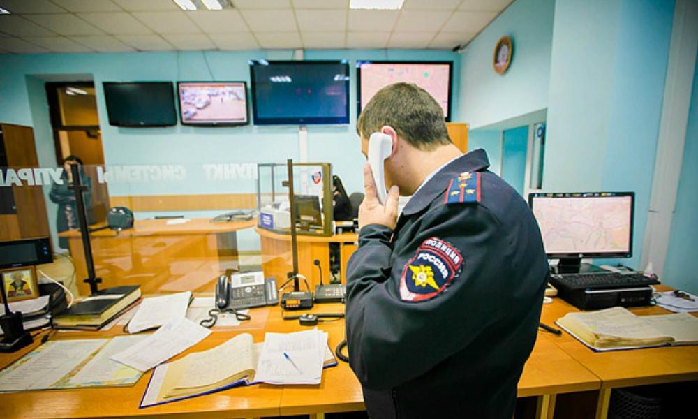 Мужчины на черном Mersedes похитили девушку в центре Москвы этой ночью