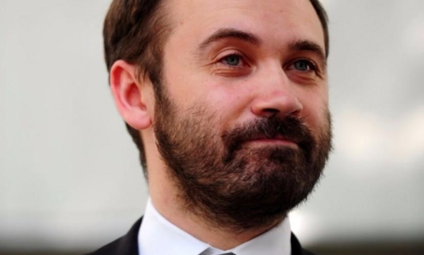 Лишенный мандата депутат Государственной думы получил вид нажительство вУкраинском государстве