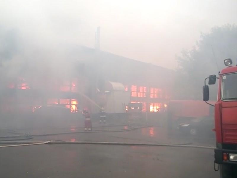 Пожар на мебельной фабрике в Подмосковье унес 5 жизней