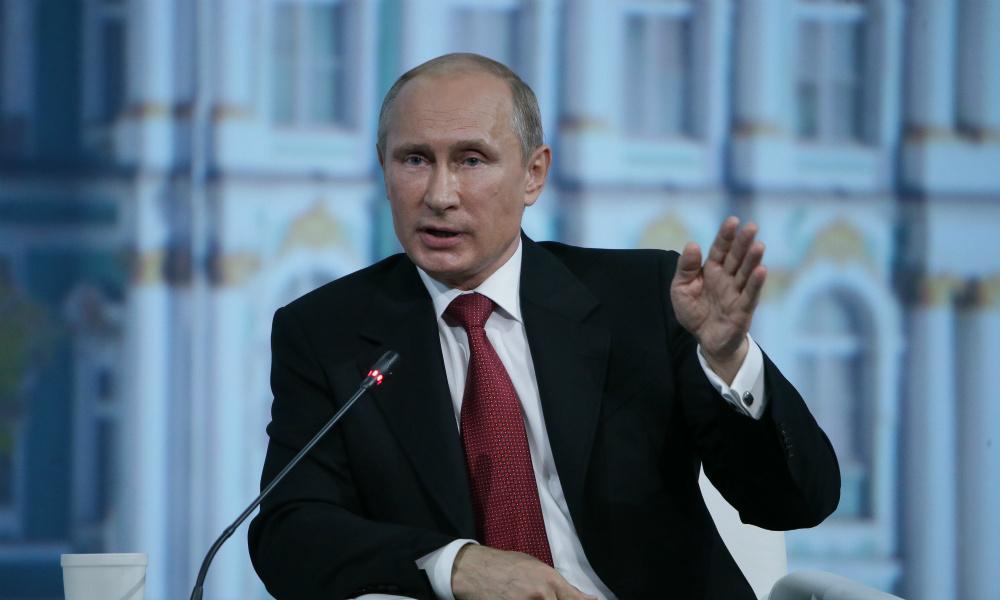 Путин: Россия не транспортирует газ через Украину из-за шантажа Киева