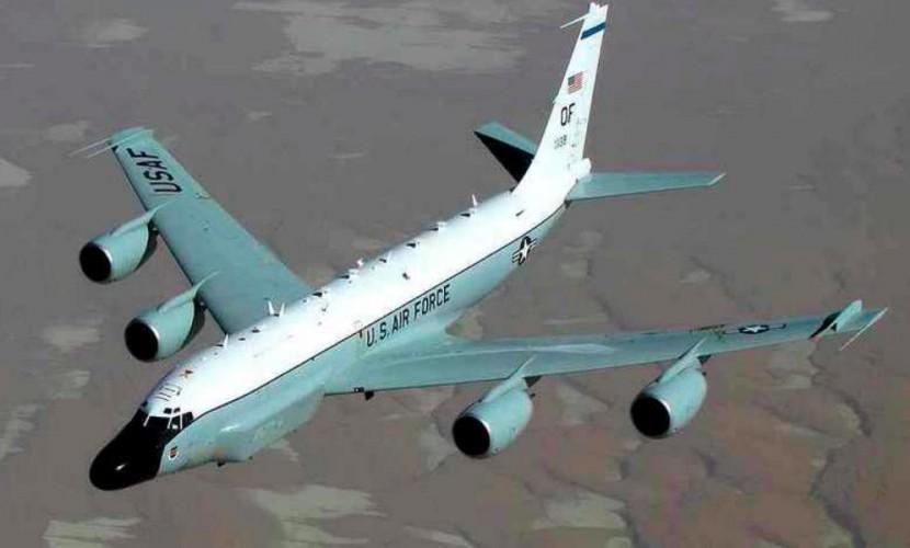 Самолет-разведчик ВВС США вновь подлетел кграницам Российской Федерации