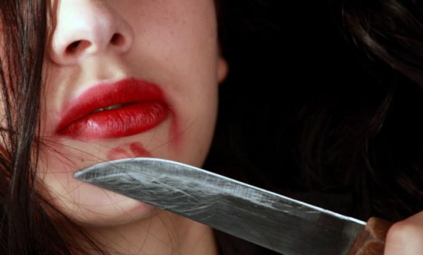Измученный ревностью мужчина зарезал любимую и покончил с собой в Подмосковье