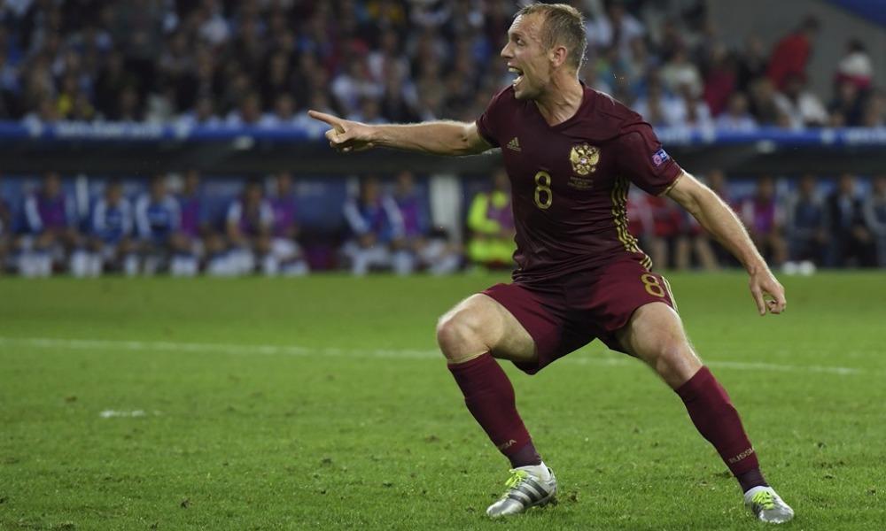 В обидном поражении от сборной Словакии на Евро-2016 виноваты мы сами, - Глушаков