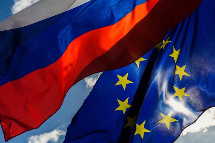 Франция тормозит процесс утверждения санкций против России