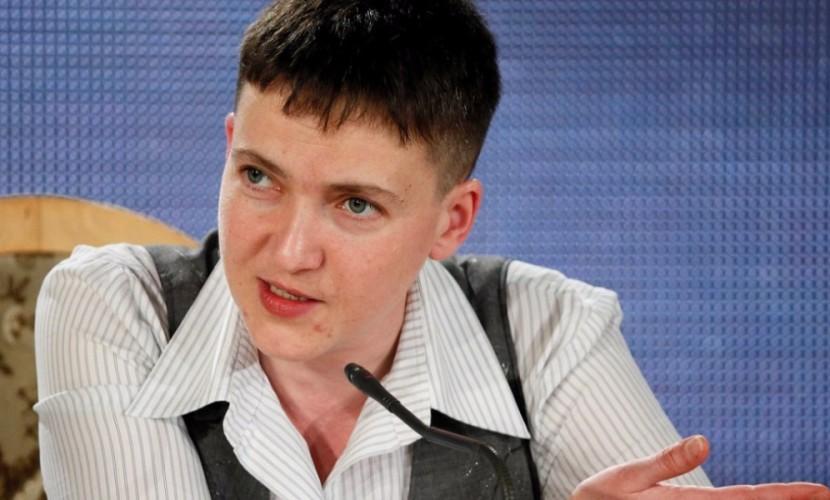 Савченко заявила о готовности лично вести переговоры с ДНР и ЛНР и улыбаться друг другу