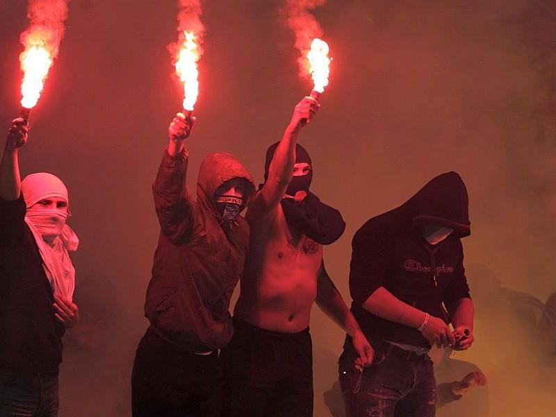 Беспорядки фанатов в Марселе спровоцировали бойцы