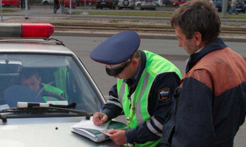 """Проблему невыплаты """"межрегиональных"""" штрафов хитрыми автомобилистами решили в России"""