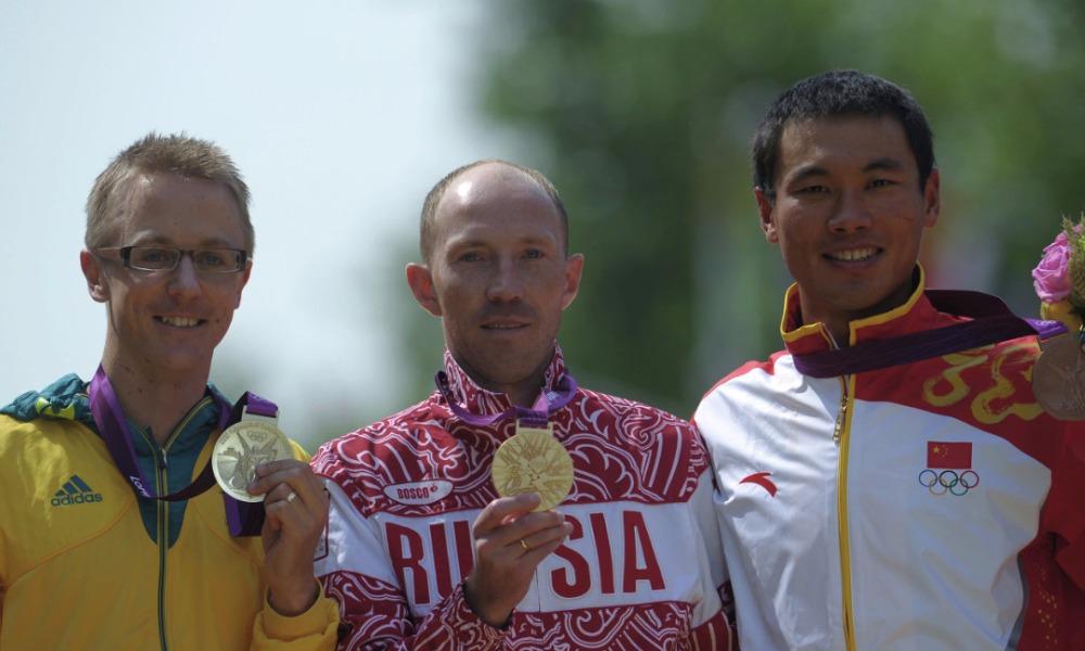 Призеры в спортивной ходьбе на 50 километров на Олимпийских играх-2012: Джаред Таллент, Сергей Кирдяпин и Сы Тяньфэн (слева направо).