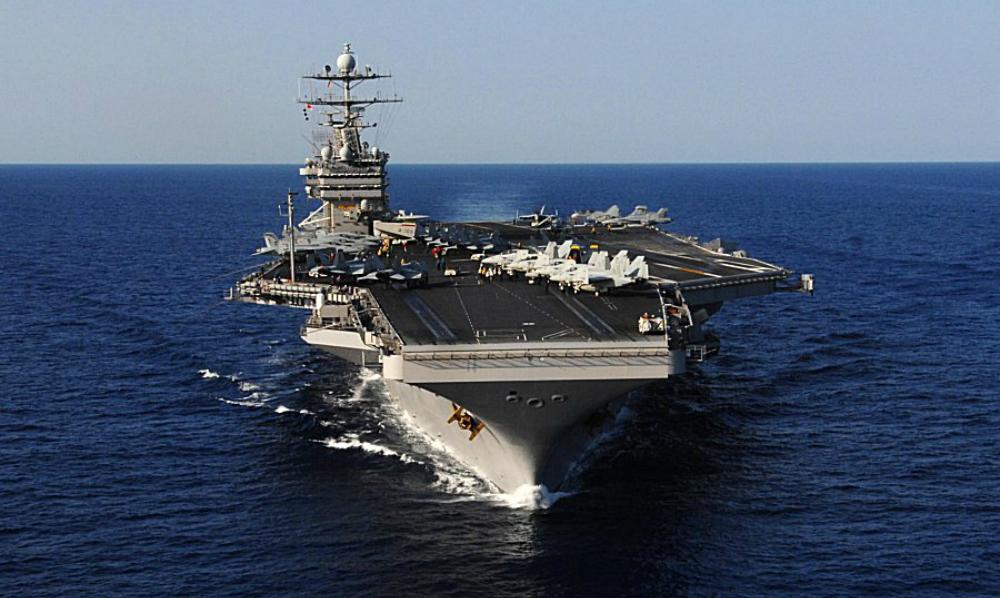 Американский авианосец в Средиземном море должен испугать Россию, - WSJ