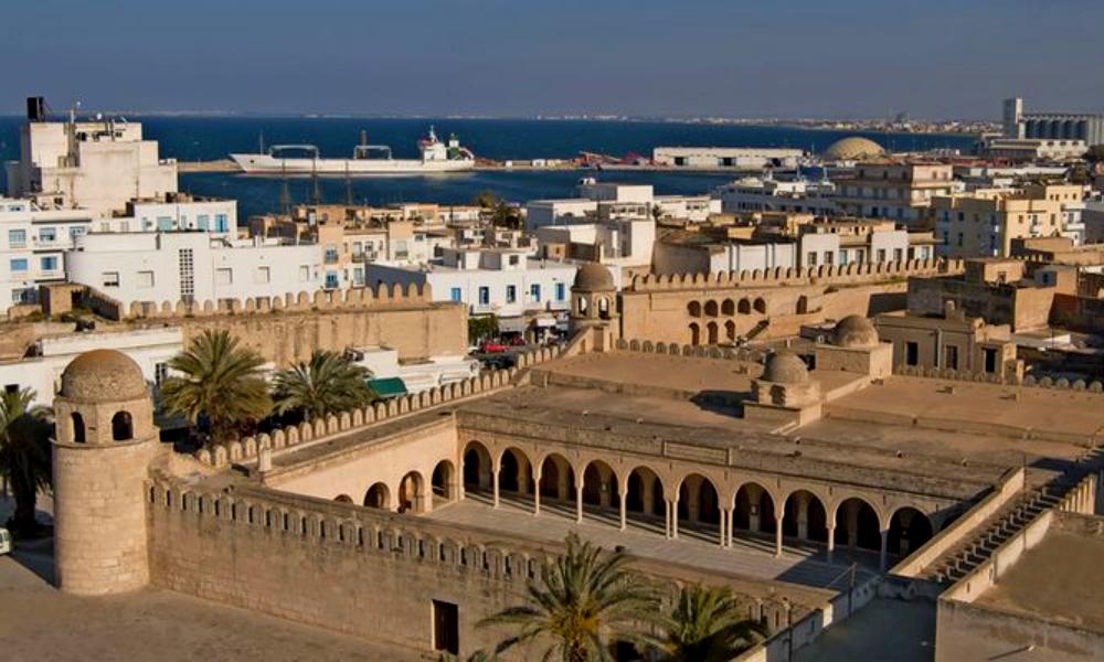 Тунис пообещал материальную помощь российским туроператорам и безопасный отдых туристам
