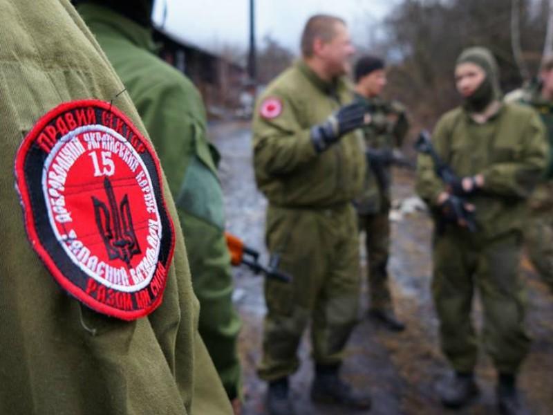 Храм Московского патриархата под Тернополем захватили экстремисты в балаклавах