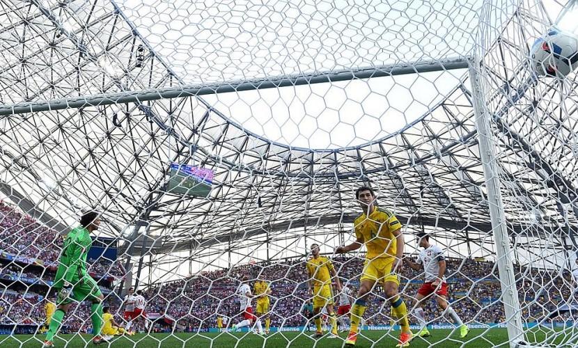 Сборная Украины по футболу выступила на Евро-2016 с нулевым результатом по очкам и забитым мячам