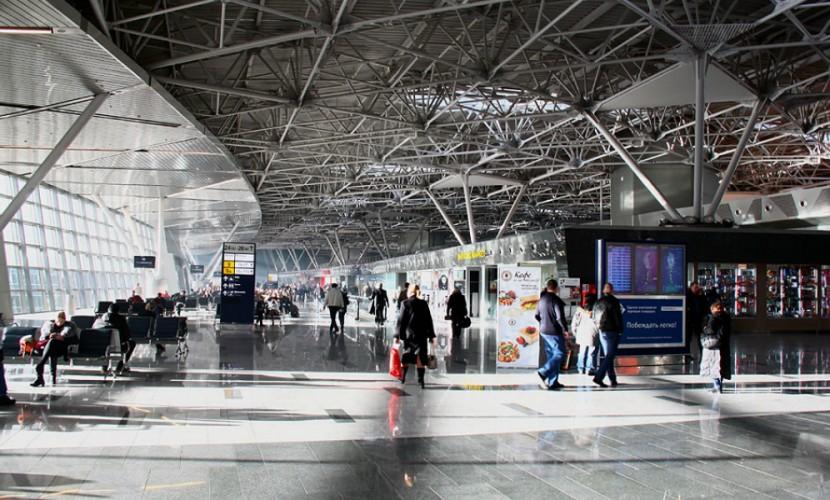 Работник аэропорта Внуково скончался наработе
