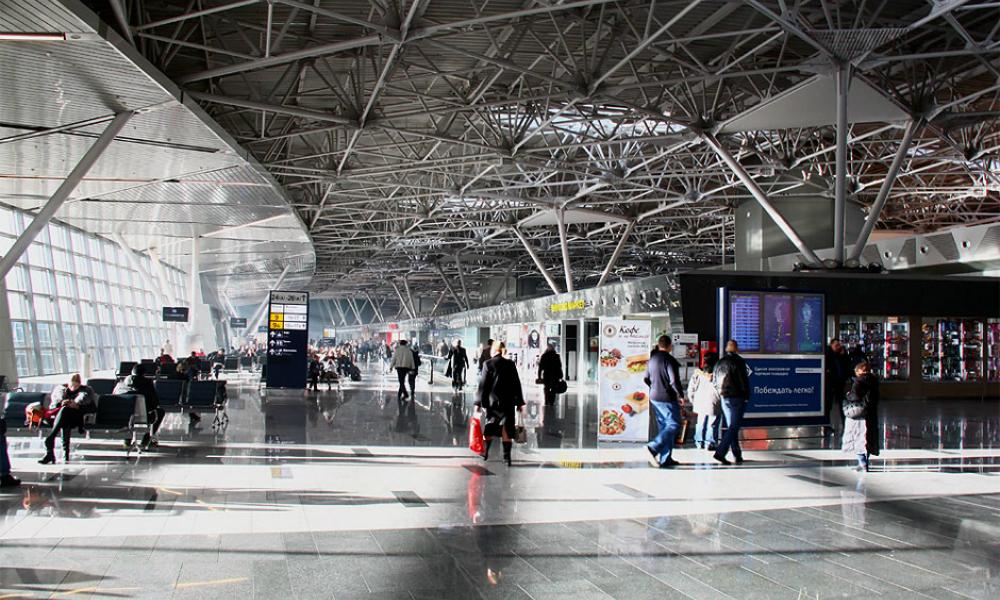 Третий мужчина за три дня скончался в московском аэропорту Внуково
