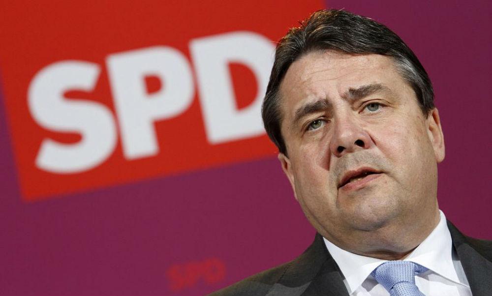 Вице-канцлер ФРГ высказался за скорейшее возвращение России в G8