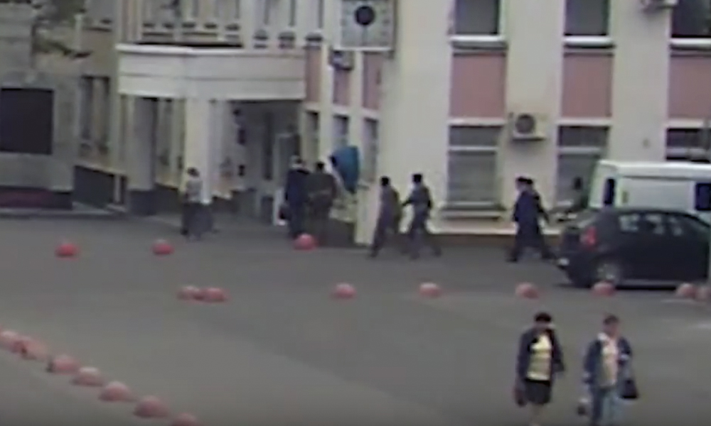 Задержание мэра Копейска Истомина сотрудниками ФСБ попало на видео