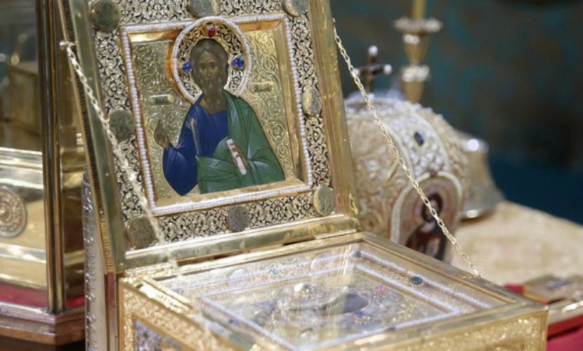 Десницу Андрея Первозванного доставили в Севастополь для праздничного молебна