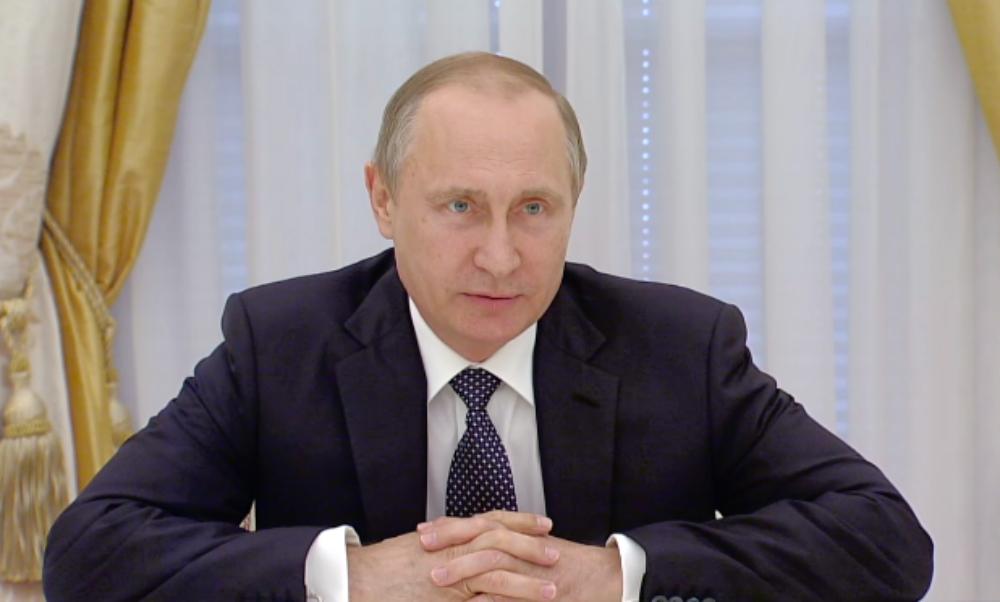 Путин поговорил с лидерами фракций Госдумы о парламентских драках и ругани