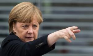 Меркель пообещала наказать устроивших теракты беженцев, которых опрометчиво «приютила»
