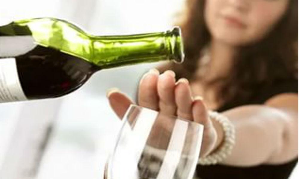 Как бороться с алкоголизмом если человек не хочет
