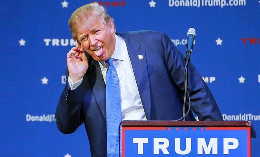 Трамп высмеял обвинения в его связях со спецслужбами России