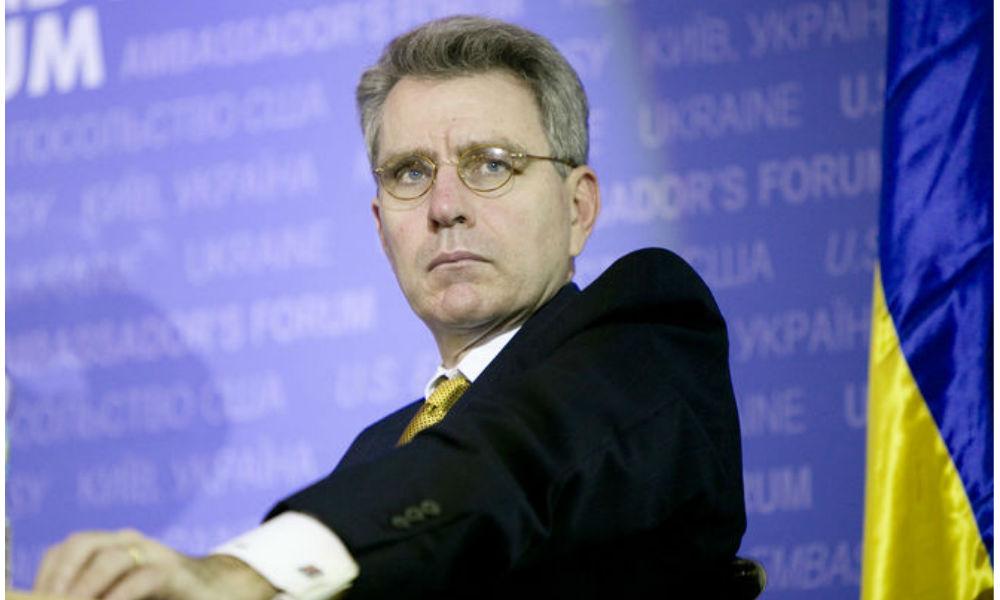 Главные провалы украинской власти назвал перед отъездом из страны посол США Пайетт
