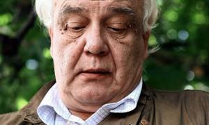 Сбежавшего из СССР писателя Буковского оправдали в деле о хранении непристойных фото с детьми