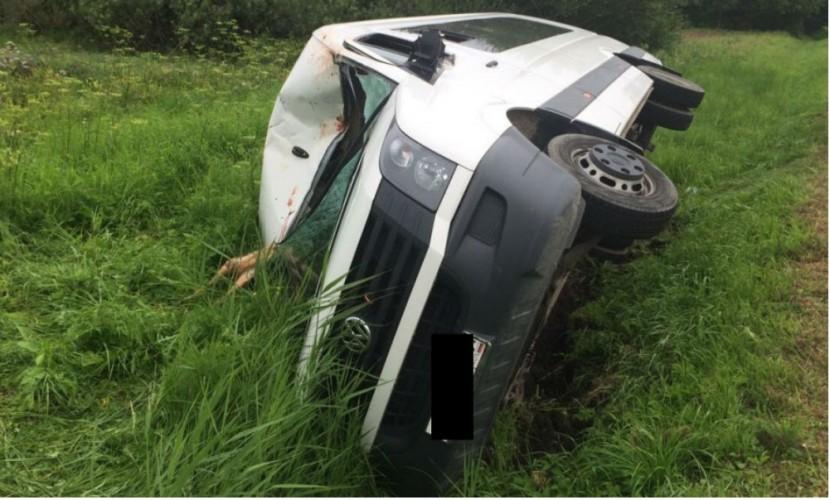 Автобус с туристами из Крыма попал в ДТП в Ростовской области: водитель погиб, 10 человек ранены