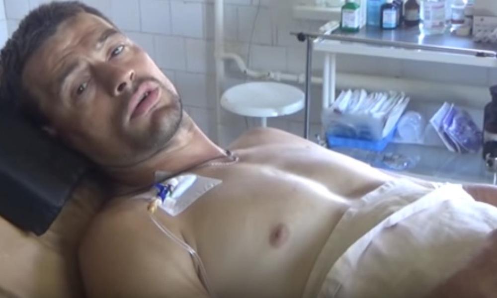 Захваченный в плен в Донбассе раненый россиянин на видео допроса поблагодарил «украинскую армию»