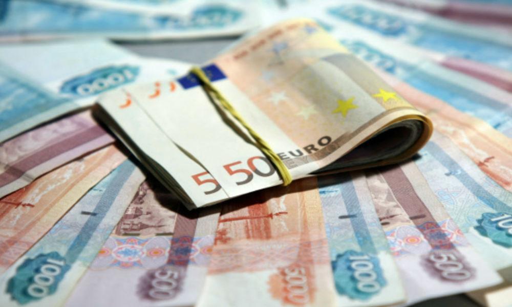 Банковский кризис в зоне евро укрепил рубль