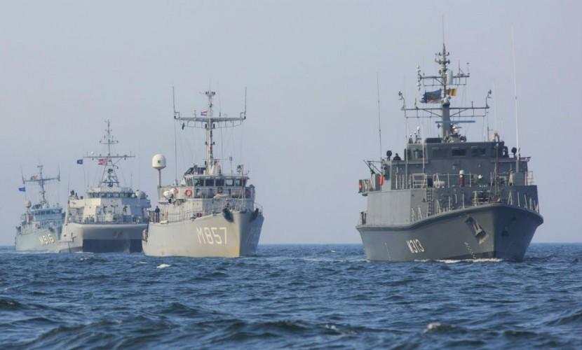 Киев сообщил о слежении за украино-американскими учениями двух российских кораблей