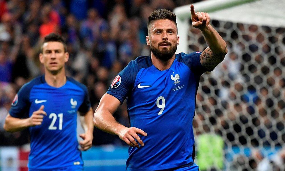 Французские футболисты красиво победили на Евро-2016 исландцев и справили три юбилея
