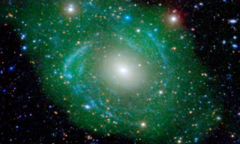 Редкую и «утонченную» галактику «Франкенштейн» обнаружили в 250 миллионах световых лет от Земли