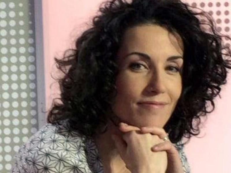 Сотрудница Charlie Hebdo посвятила теракту в Ницце кровавую карикатуру с подписью