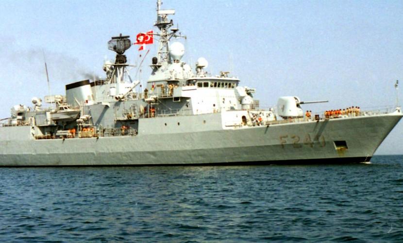 Турецкие путчисты захватили боевой корабль и командующего флотом