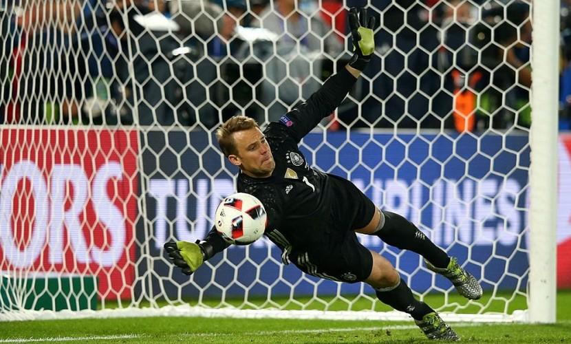Немцы пропустили первый мяч на Евро-2016 и впервые победили в официальных матчах итальянцев