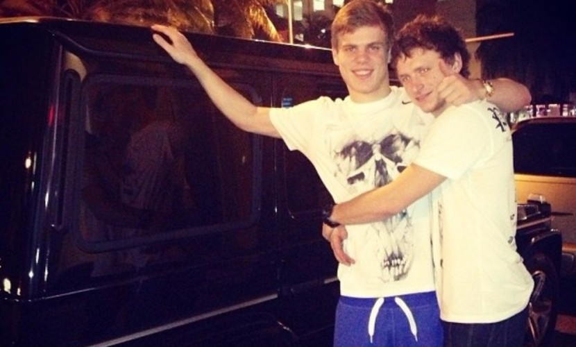 Кокорин и Мамаев под гимн России потратили за ночь 250 тысяч евро на шампанское в Монте-Карло