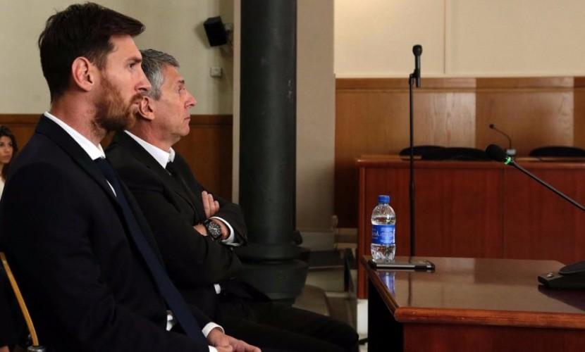 Лионеля Месси и его отца Хорхе барселонский суд приговорил к 21-му месяцу тюрьмы