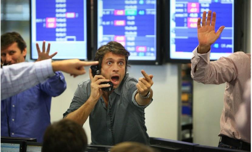 Ухудшенное настроение на нефтяном рынке ударило по рублю