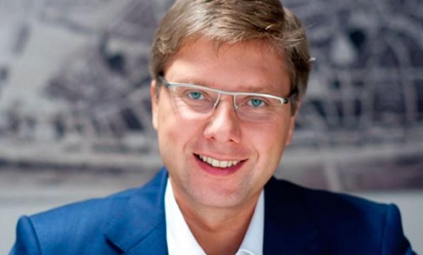 Мэр Риги высмеял Центр госязыка Латвии из-за запрета общаться на русском