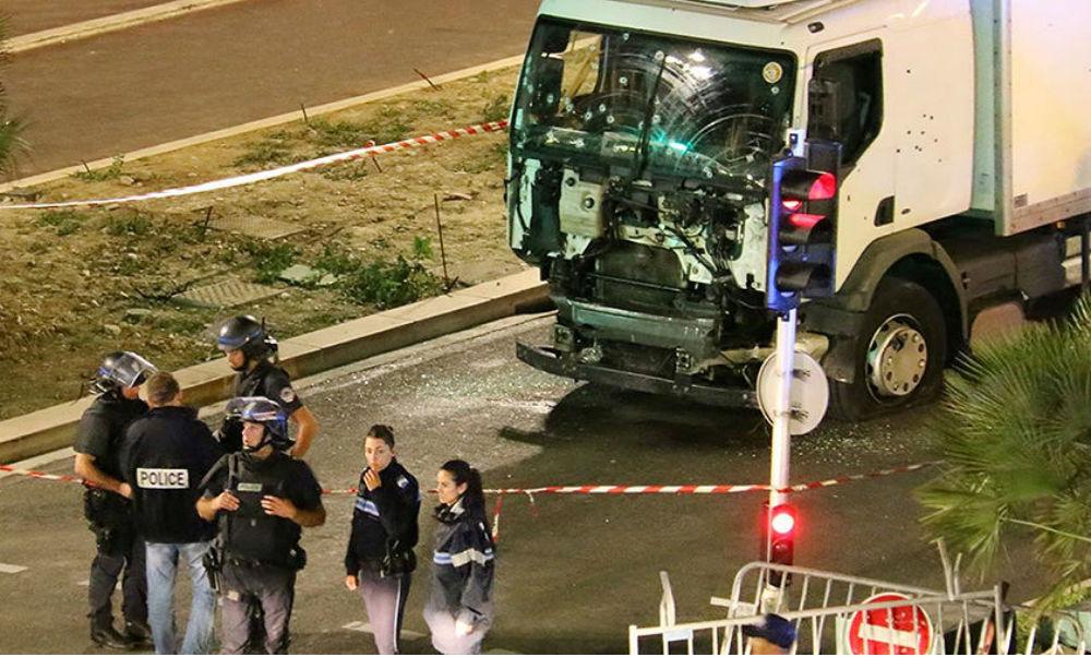 Давивший грузовиком людей в Ницце террорист был насильником и наркоманом