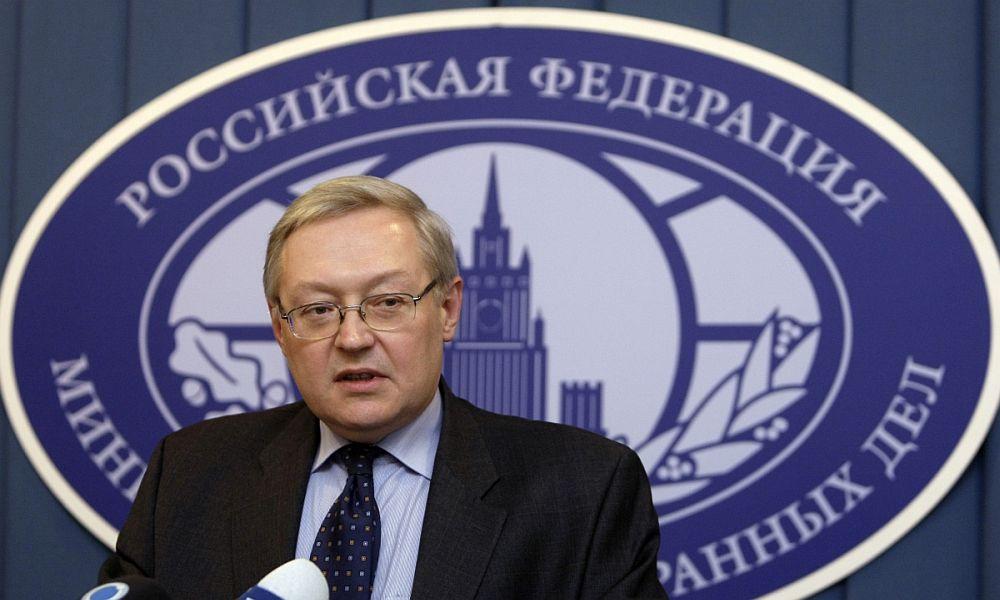 Твердолобые в Вашингтоне могли бы уже уяснить, что Россия под санкциями не прогнется, - МИД