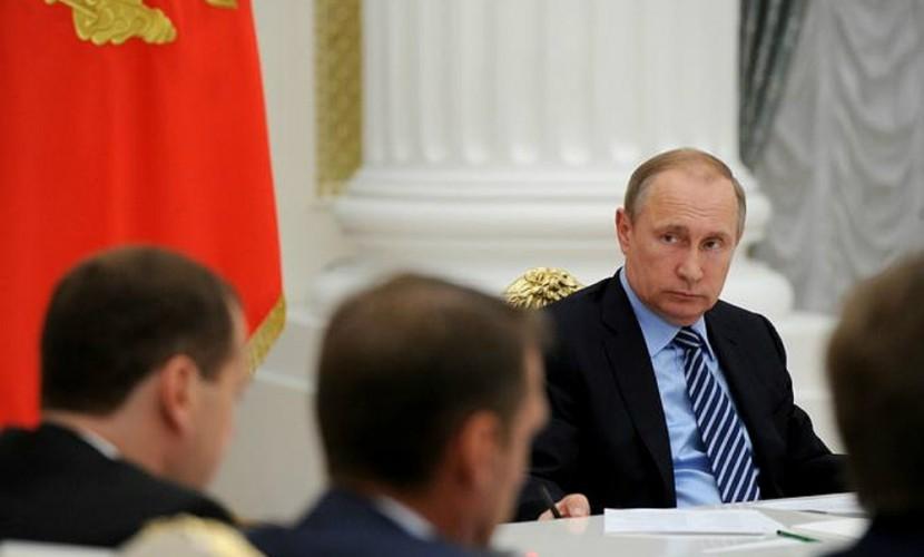 Путин призвал вывести бизнес из