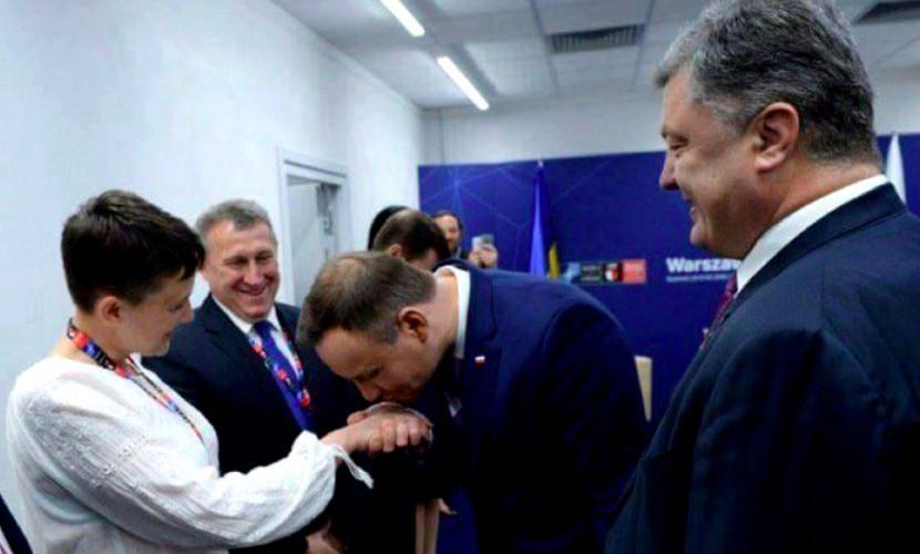 Надежда Савченко после поцелуев президента Польши назвала дату окончания «российско-украинской войны» в Донбассе