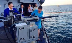 Забавное фото Саакашвили и Савченко на американском военном корабле возмутило украинских националистов