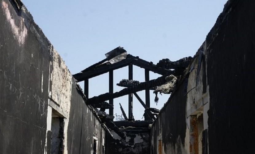 Жильцы сгоревшего в Волгограде дома: «Нас не смогли выселить по суду, поэтому решили сжечь»
