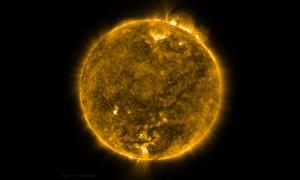 NASA опубликовало видео вращения Солнца вокруг своей оси