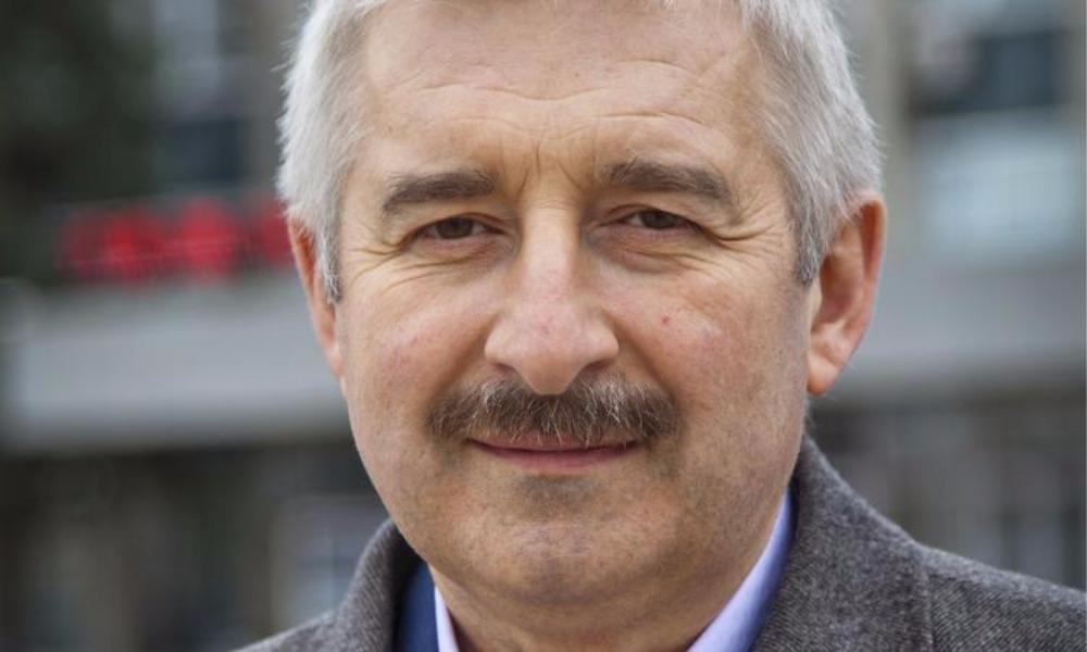 Бежавшего в Сербию мэра-единоросса Букина, вымогавшего 24 миллиона, вернули в Москву в наручниках